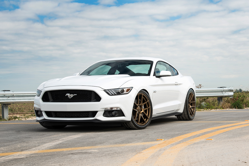 Ford-Mustang-Velgen+Wheels-Automotive